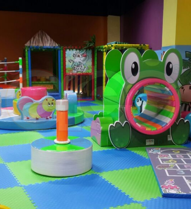 DYNAMIC PLAYGROUNDS